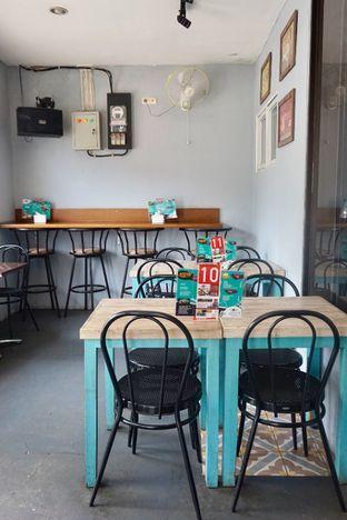 Foto 29 - Interior di Moska Cafe & Eatery oleh Prido ZH