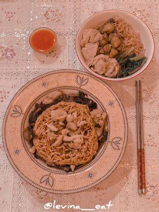 Foto 2 - Makanan di Bakmi GM oleh Levina JV (IG : levina_eat )