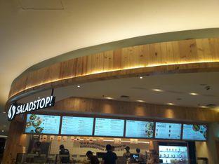 Foto 1 - Interior di SaladStop! oleh Michael Wenadi
