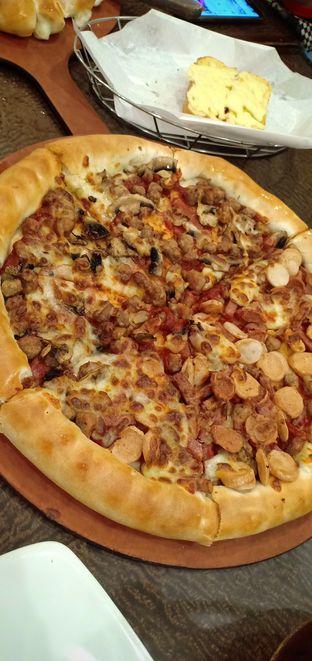 Foto review Pizza Hut oleh Cynthia Wl 1