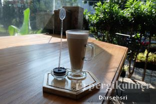 Foto 3 - Makanan di Monsoon Cafe oleh Darsehsri Handayani