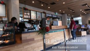 Foto 5 - Interior di Starbucks Coffee oleh riamrt