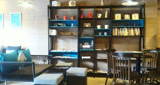 Foto 8 - Interior di Dailydose Coffee & Eatery oleh Ika Nurhayati
