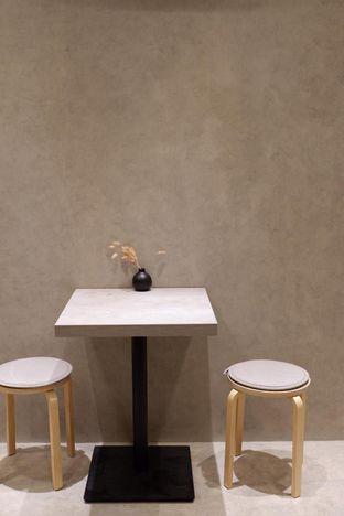 Foto 19 - Interior di Gili Coffee & Eatery oleh yudistira ishak abrar