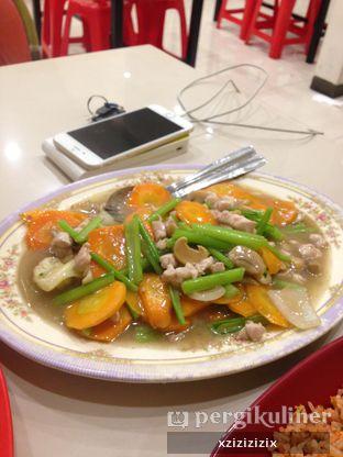 Foto 3 - Makanan(Ayam Cah Jamur) di Depot Scorpio oleh zizi
