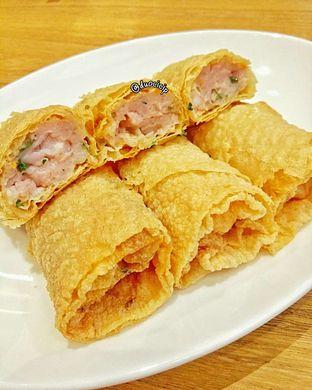Foto 4 - Makanan(Lumpia Kulit Tahu Isi Udang & Ayam) di Din Tai Fung oleh felita [@duocicip]