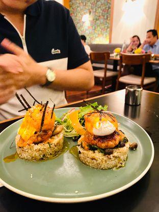 Foto 2 - Makanan(Japanese Benedict) di Benedict oleh Maria Marcella