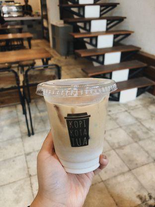 Foto 2 - Makanan(Es Latte) di Kopi Kota Tua oleh Vanessa Agnes