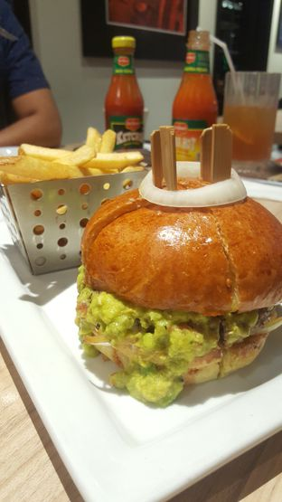 Foto 3 - Makanan di Chili's Grill and Bar oleh Naomi Suryabudhi