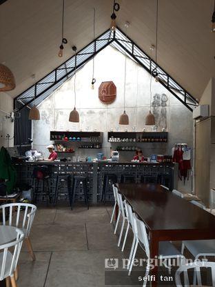 Foto review Roemah Coffee Eatery & Hub oleh Selfi Tan 5
