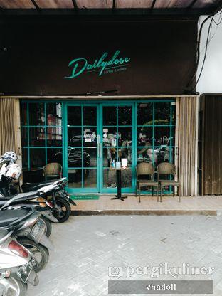 Foto 1 - Interior di Dailydose Coffee & Eatery oleh Syifa
