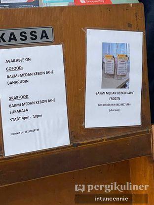 Foto 6 - Interior di Bakmi Medan Kebon Jahe oleh bataLKurus