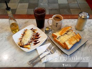 Foto review Bakoel Koffie oleh Tirta Lie 6