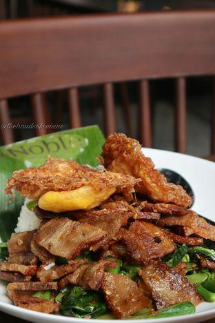 Foto 5 - Makanan di Noble by Zab Thai oleh thehandsofcuisine