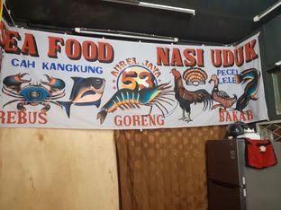 Foto 4 - Interior di Seafood & Nasi Uduk 53 oleh Threesiana Dheriyani