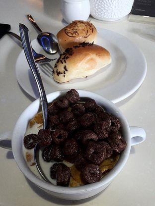 Foto review Cumi - Cumi Cafe - Aston Marina Hotel oleh Jacklyn     IG: @antihungryclub 4