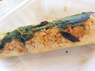 Foto 3 - Makanan(Nasi Bakar Ayam Rica-rica) di Nasi Bakar Bu Tuti Sundari oleh Kezia Kevina