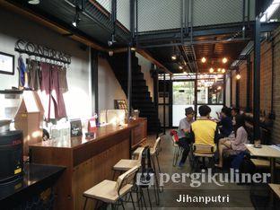 Foto 2 - Interior di Contrast Coffee oleh Jihan Rahayu Putri
