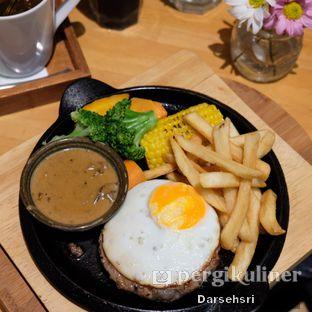 Foto 2 - Makanan di Hummingbird Eatery oleh Darsehsri Handayani