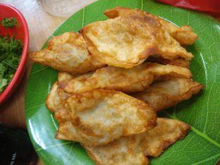 Foto 2 - Makanan(nikmat dan nagih) di Kwetiau Akang oleh Threesiana Dheriyani