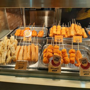 Foto 1 - Makanan di Old Chang Kee oleh eatenbybaba
