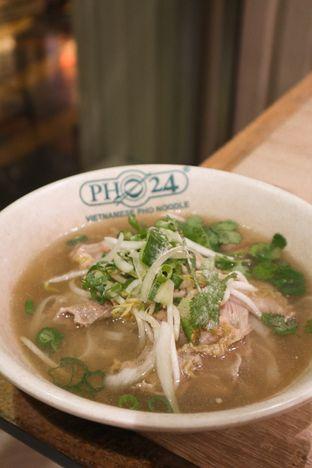 Foto 2 - Makanan di Pho 24 oleh thehandsofcuisine