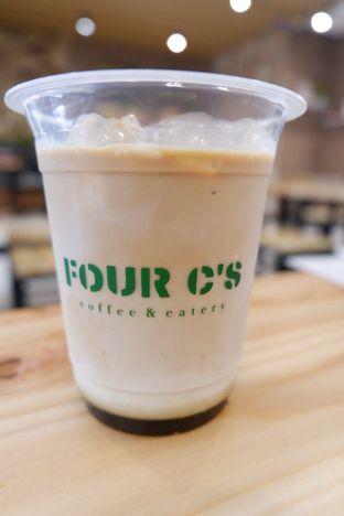 Foto 1 - Makanan di Four C's oleh Mariane  Felicia