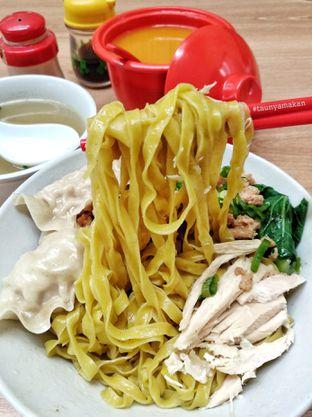 Foto 1 - Makanan di Bakmi Rudy oleh culinarypurple