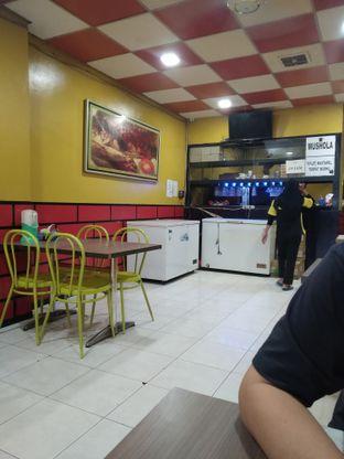 Foto 7 - Interior di Ayam Bakar Kambal oleh deasy foodie