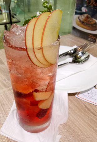 Foto 3 - Makanan(Apple Strawberry Mojito) di Eric Kayser Artisan Boulanger oleh maysfood journal.blogspot.com Maygreen
