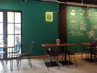 Foto 4 - Interior di Edisan Coffee oleh Inno vhieya