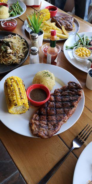 Foto 7 - Makanan di Pepperloin oleh om doyanjajan