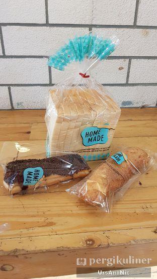Foto 4 - Makanan di Home Made Bakery oleh UrsAndNic