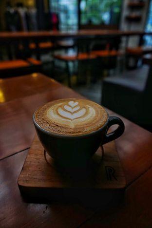 Foto 3 - Makanan(Cappuccino) di Ruckerpark Coffee & Culture oleh Fadhlur Rohman