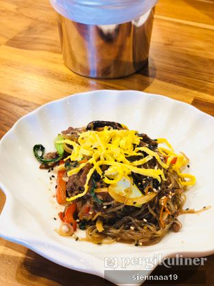 Foto 5 - Makanan(japchae) di Goobne Chicken oleh Sienna Paramitha
