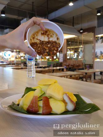 Foto Makanan di Rujak Kolam Medan