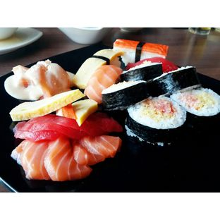 Foto 1 - Makanan di Sushi Joobu oleh Jessica Tan