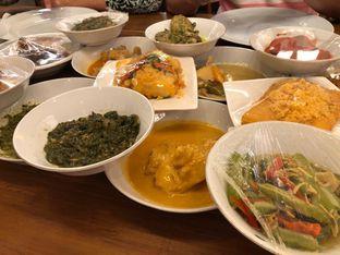 Foto 4 - Makanan di Padang Merdeka oleh MWenadiBase