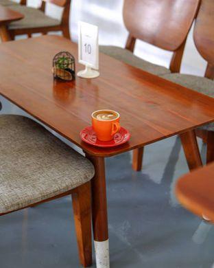Foto 2 - Makanan(Hot Cafe Latte) di Diskus Cafe & Bites oleh Rifqi Rahman