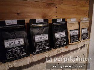 Foto 7 - Interior di Saturday Coffee oleh dinny mayangsari