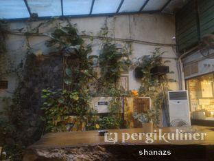 Foto 2 - Interior di Giyanti Coffee Roastery oleh Shanaz  Safira