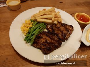 Foto 9 - Makanan di Holycow! STEAKHOUSE by Chef Afit oleh Mich Love Eat