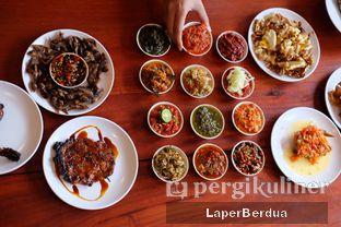 Foto 4 - Makanan di Sambal Khas Karmila oleh Julio & Sabrina