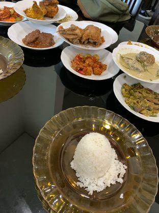 Foto 3 - Makanan di RM Padang Bu Mus oleh hokahemattiga