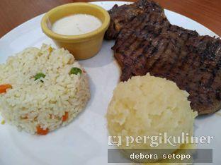 Foto 3 - Makanan di Meaters oleh Debora Setopo
