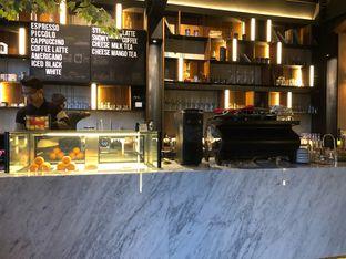 Foto 10 - Interior di Paladin Coffee + Kitchen oleh FebTasty  (Feb & Mora)