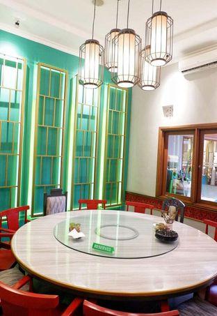 Foto 3 - Interior di Golden Chopstick oleh @makansamaoki