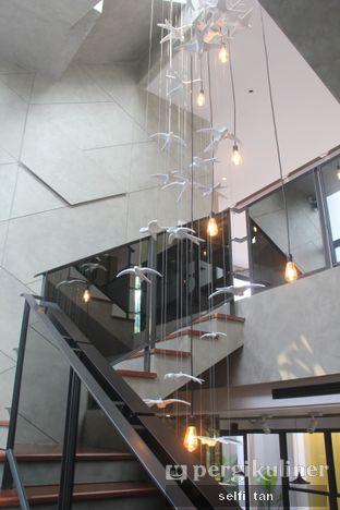 Foto 3 - Interior di Cecemuwe Cafe and Space oleh Selfi Tan