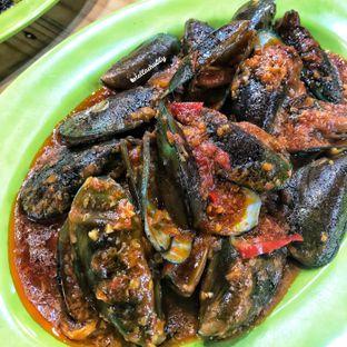 Foto 9 - Makanan(Kerang hijau saus padang) di Ayam & Seafood EGP oleh Stellachubby