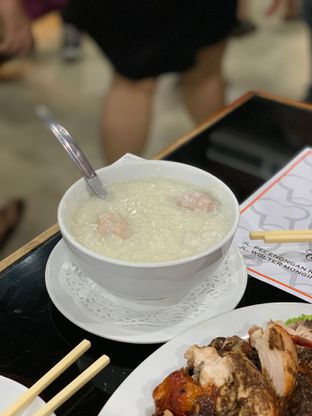 Foto 4 - Makanan di Bubur Kwang Tung oleh Isabella Chandra